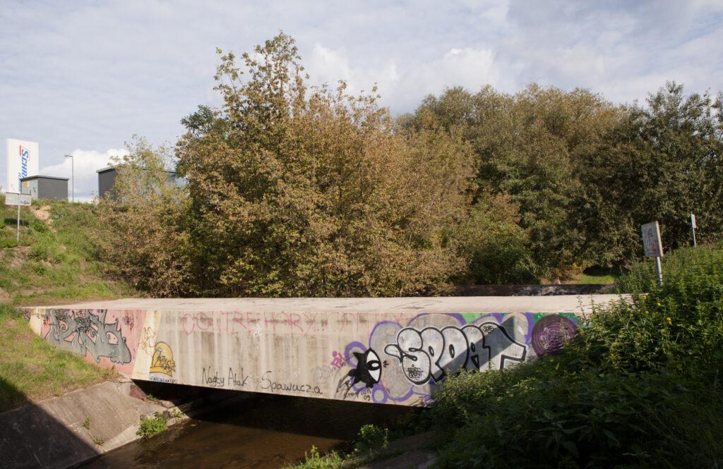 kładka nad rzeką Główną fyrtel główna